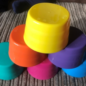 Coloured Cups