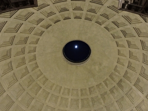 The Moon through the eye of the Pantheon